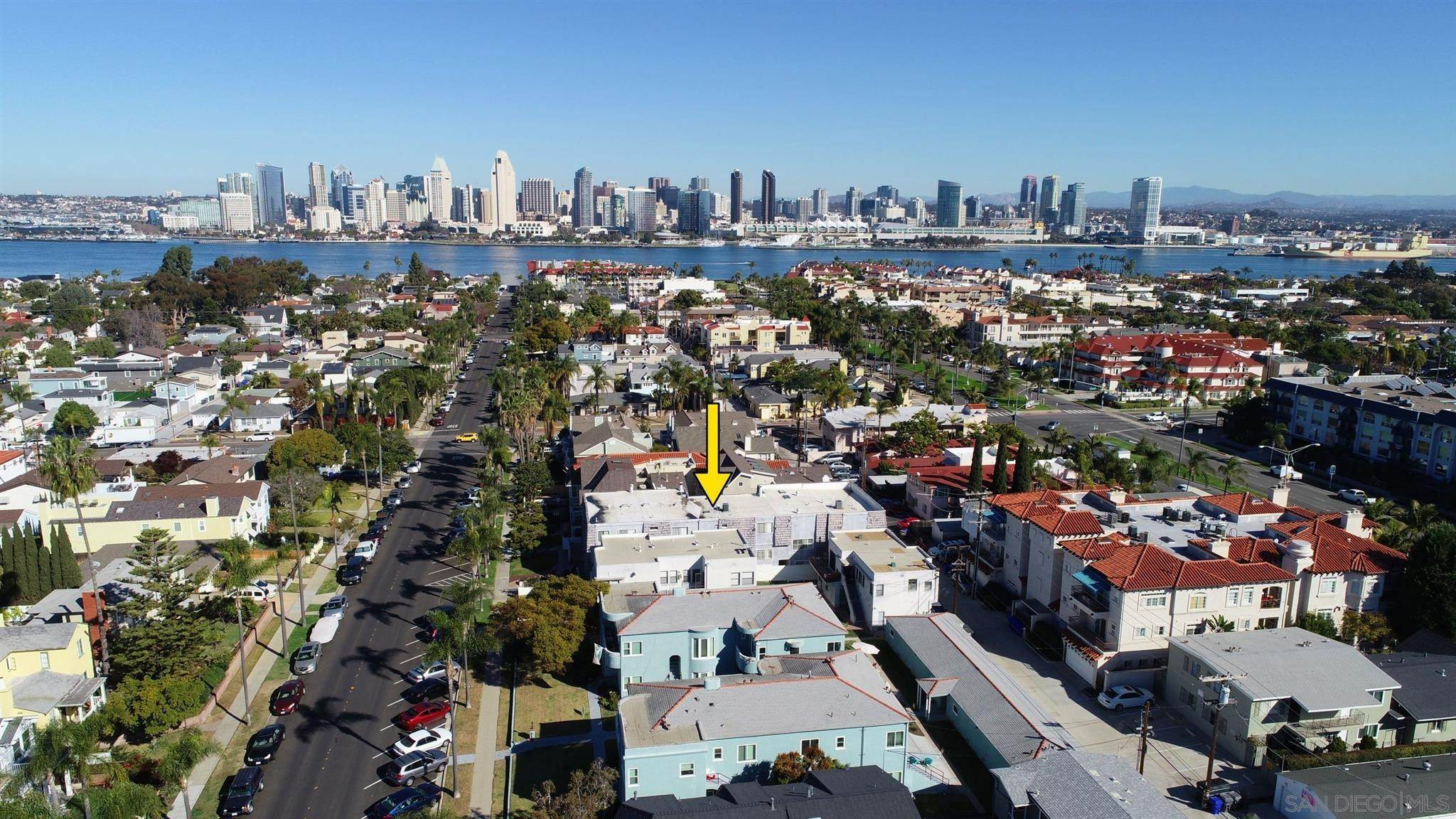 Residential for Sale at 333 D Avenue 3 Coronado, California 92118 United States