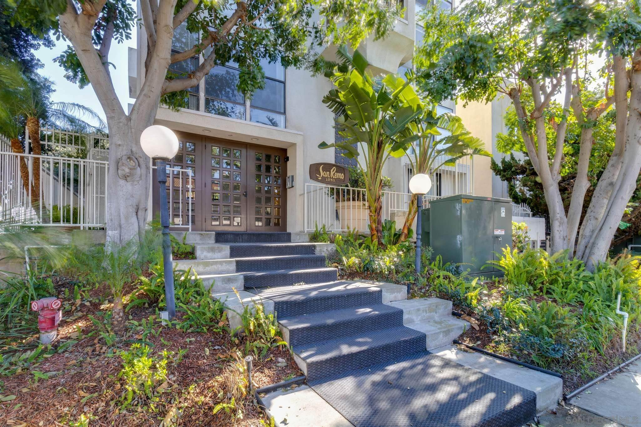 Residential for Sale at 1251 Parker Pl 1B Pacific Beach, California 92109 United States