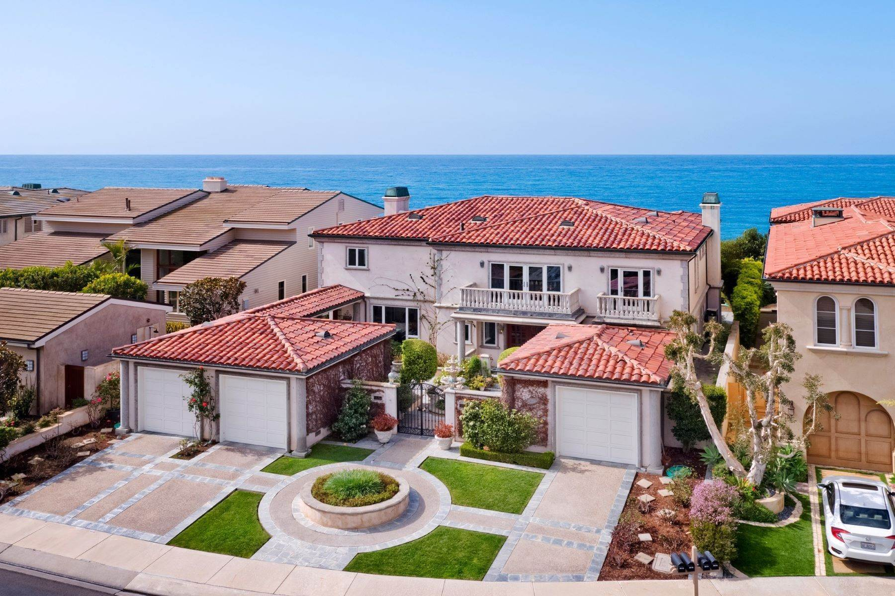 Single Family Homes for Sale at Rare Oceanfront Villa 3816 Vista Blanca San Clemente, California 92672 United States