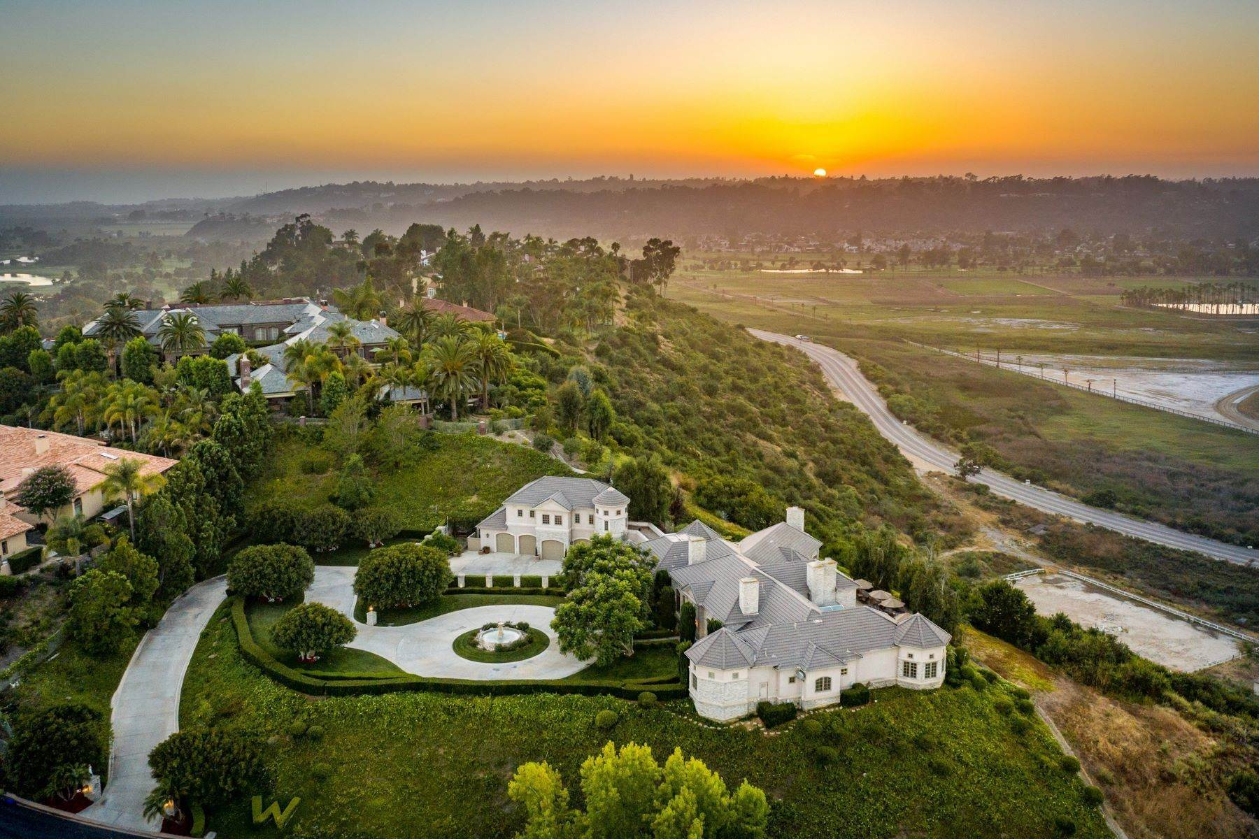 Single Family Homes for Sale at Live Majestic 5865 Winland Hills Drive Rancho Santa Fe, California 92067 United States