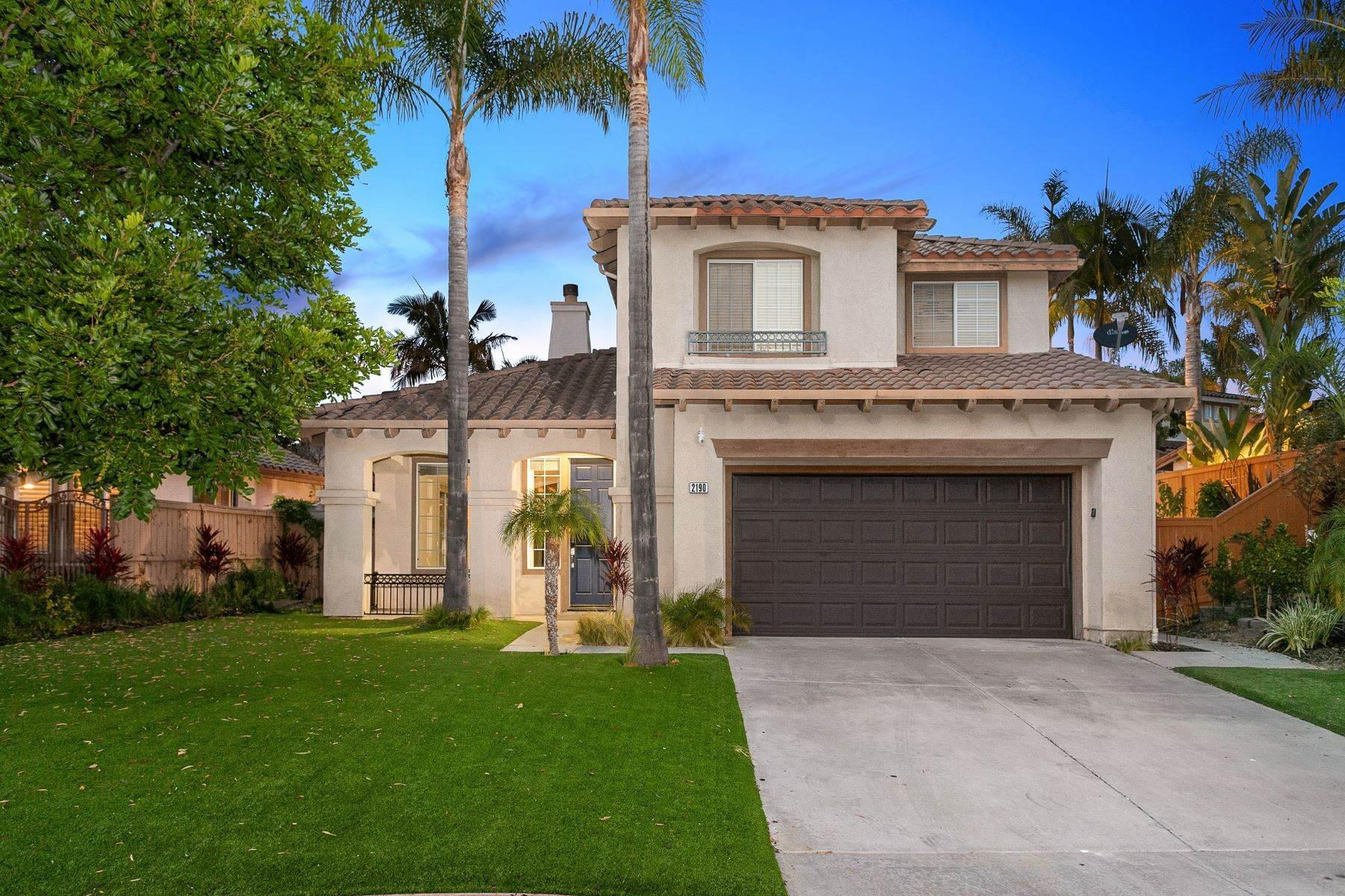 Single Family Homes for Sale at 2190 Avenida Toronja, Carlsbad, CA 92009 2190 Avenida Toronja Carlsbad, California 92009 United States