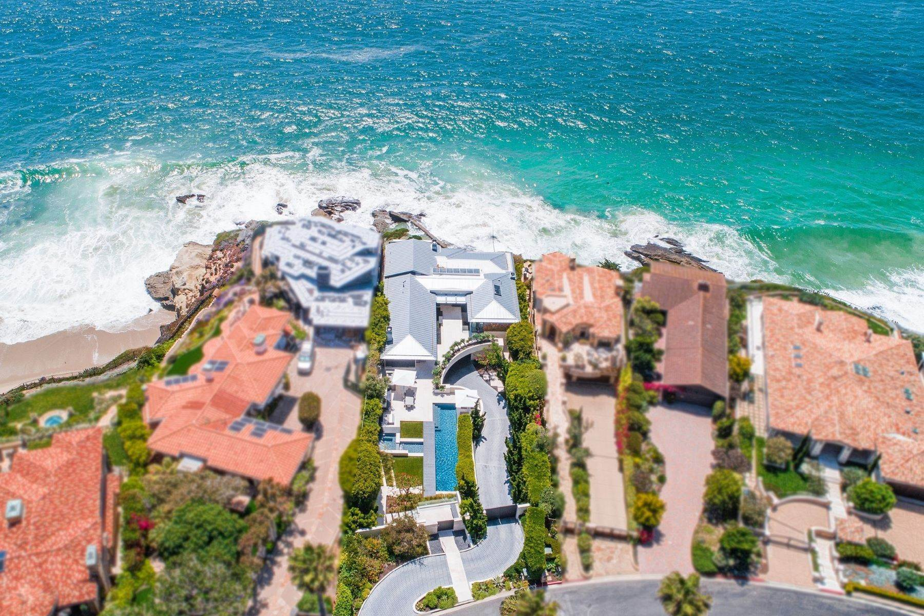5. Single Family Homes for Sale at 58 N La Senda Drive Laguna Beach, California 92651 United States