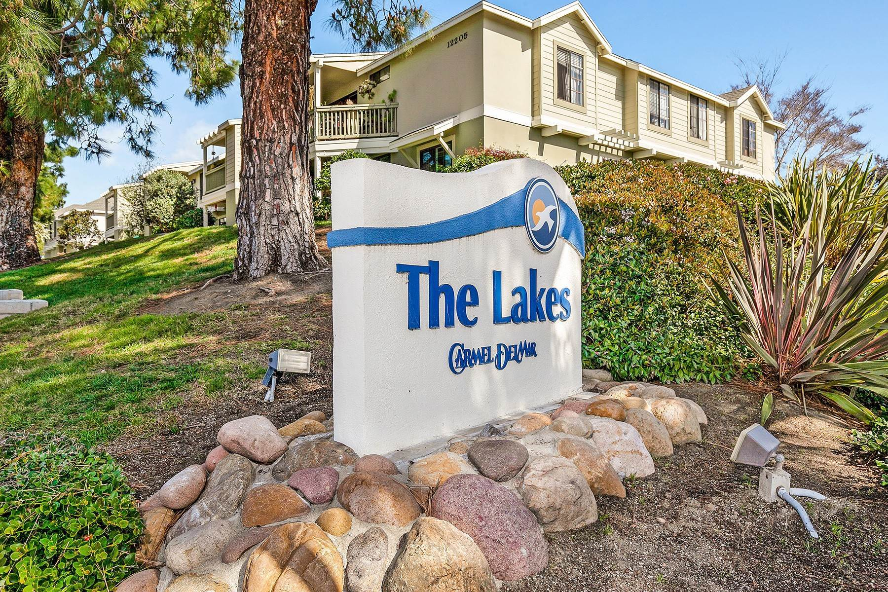 Condominiums for Sale at The Lakes Carmel Del Mar 12229 Carmel Vista Road #154 San Diego, California 92130 United States