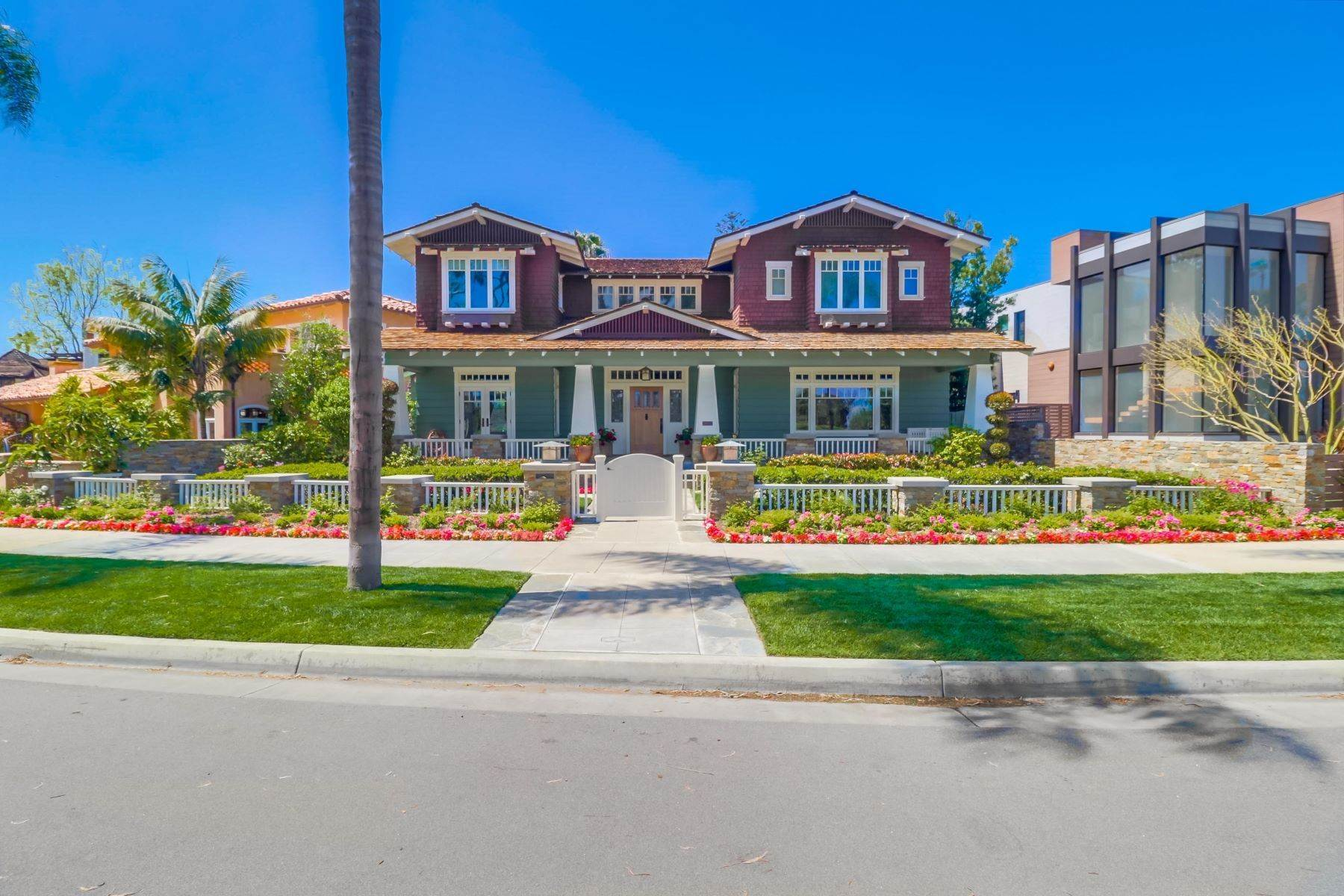 2. Single Family Homes for Sale at 922 Glorietta Blvd Coronado, California 92118 United States