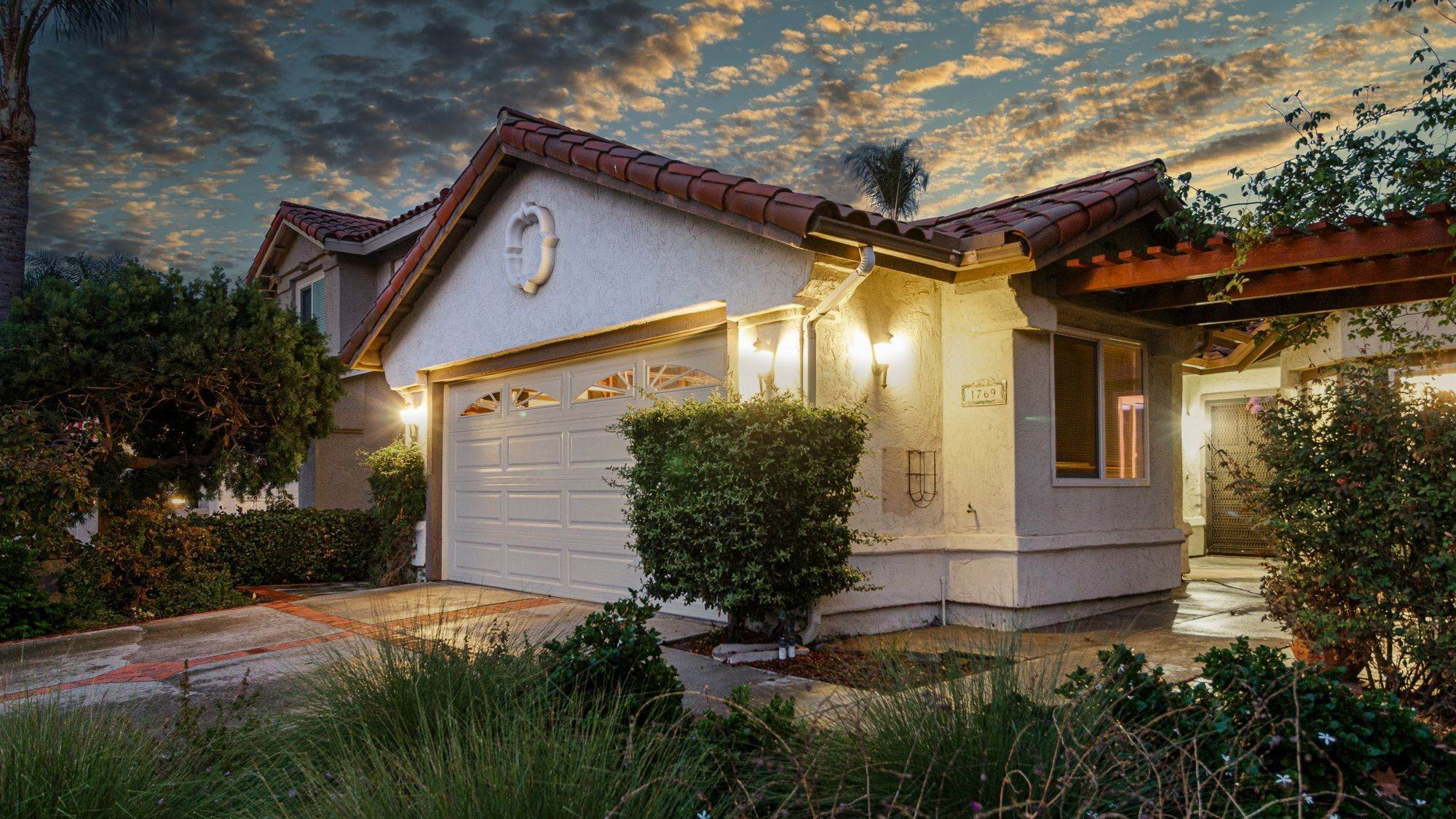 Single Family Homes for Sale at 1769 Via Allena, Oceanside, CA 92056 1769 Via Allena Oceanside, California 92056 United States