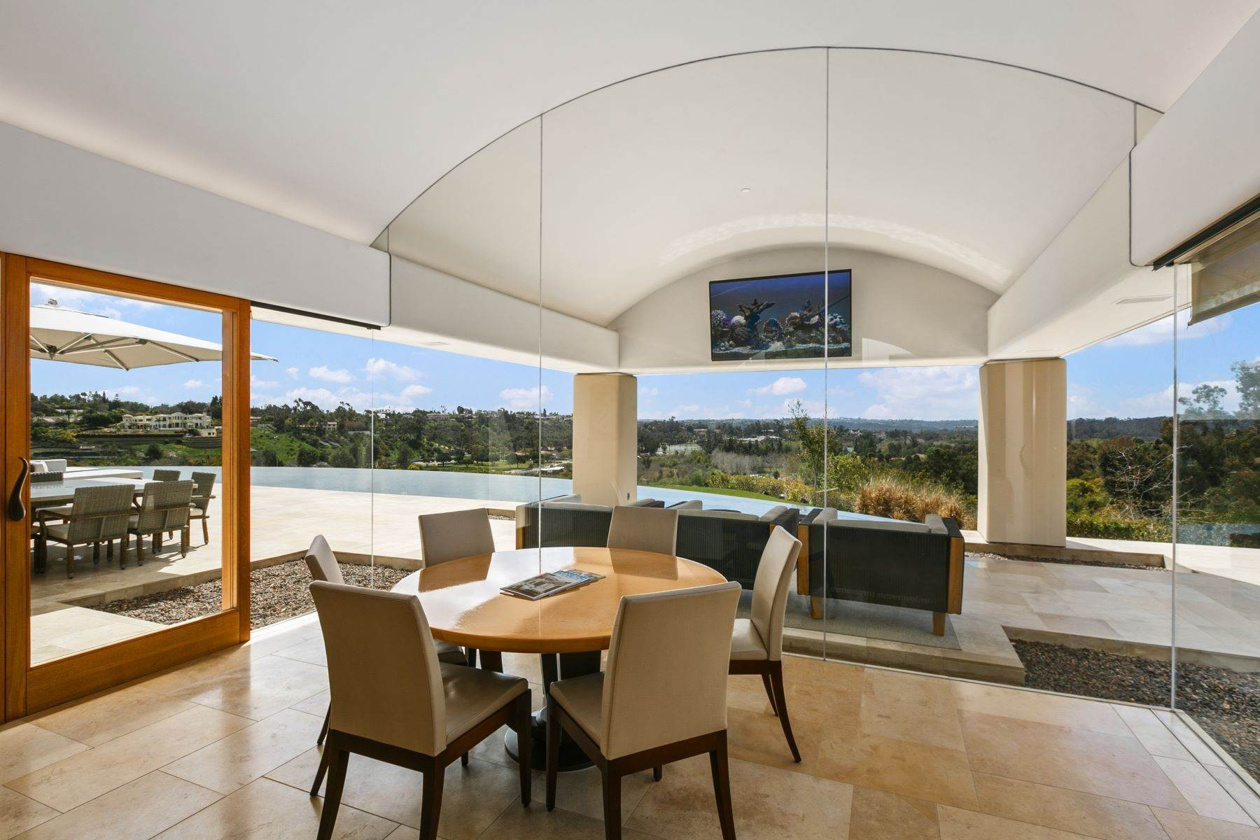 24. Single Family Homes for Sale at Wallace Cunningham's Promontory of Rancho Santa Fe! 16528 Los Barbos Rancho Santa Fe, California 92067 United States