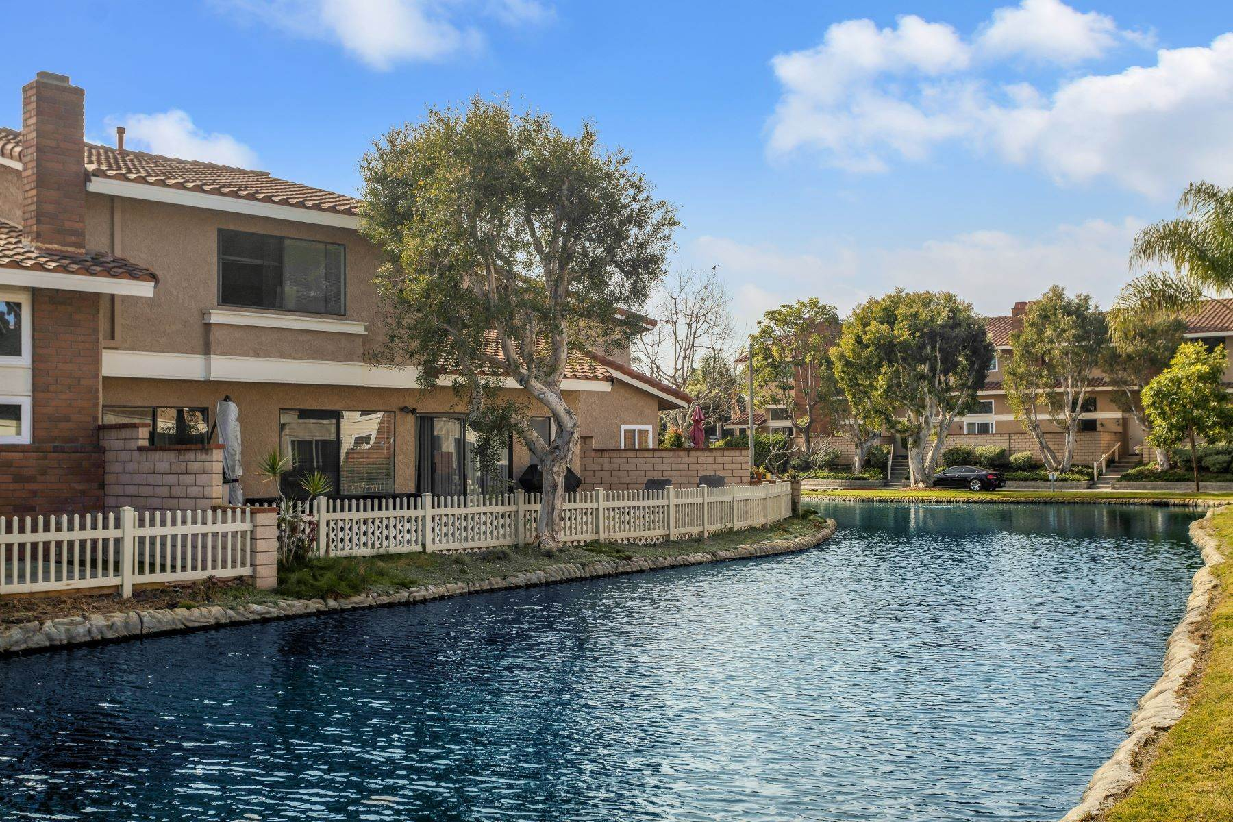 Condominiums for Sale at 7885 Southwind Circle, #166 Huntington Beach, California 92648 United States