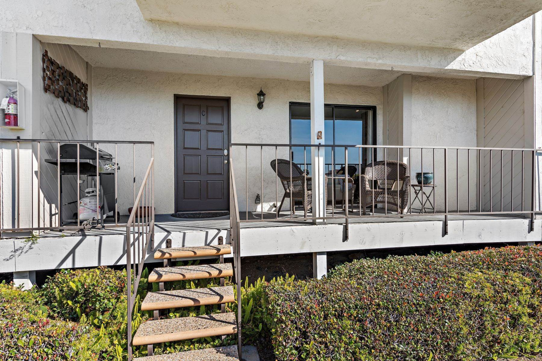 32. Condominiums for Sale at 321 Acebo Lane Unit #C, San Clemente, CA 92672 321 Acebo Lane, Unit #C San Clemente, California 92672 United States