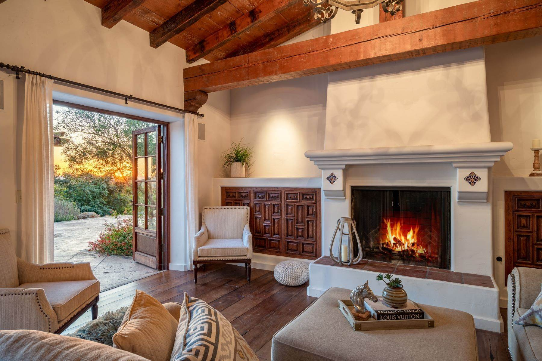 6. Single Family Homes for Sale at 17515 Avenida De Acacias, Rancho Santa Fe, CA 92067 17515 Avenida De Acacias Rancho Santa Fe, California 92067 United States