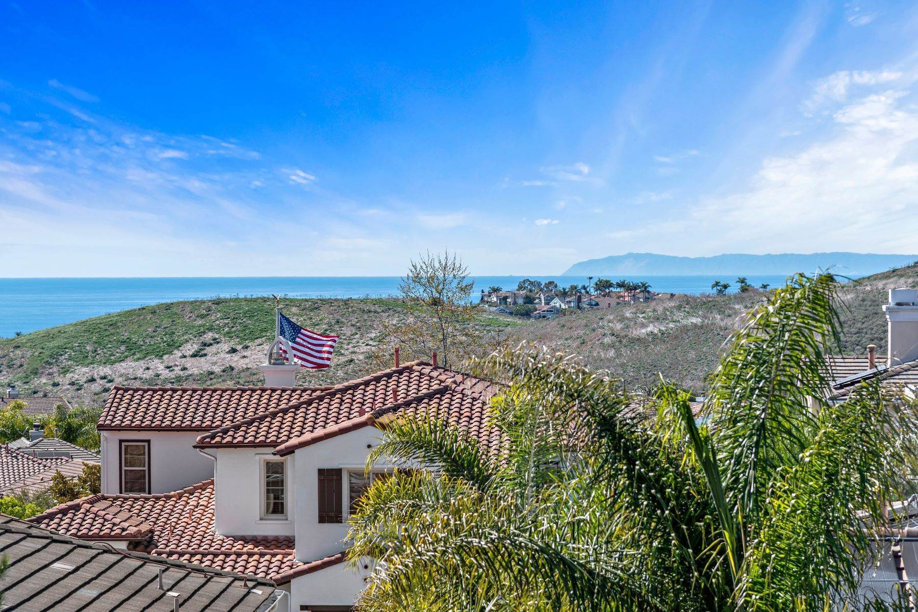 Single Family Homes for Sale at 2612 Canto Rompeolas, San Clemente, CA 92673 2612 Canto Rompeolas San Clemente, California 92673 United States