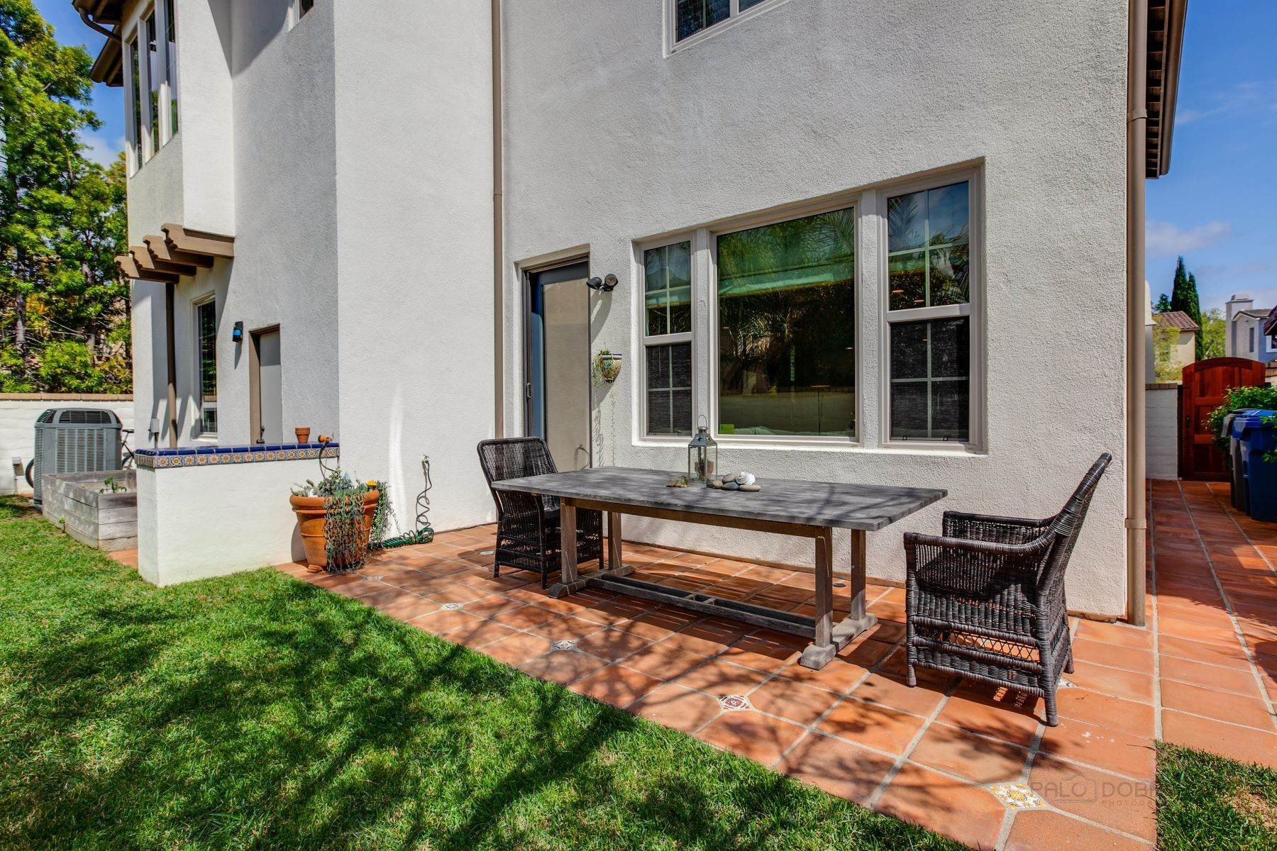 45. Single Family Homes for Sale at 13512 Moonflower Meadows Trail, San Diego, CA 92130 13512 Moonflower Meadows Trail San Diego, California 92130 United States