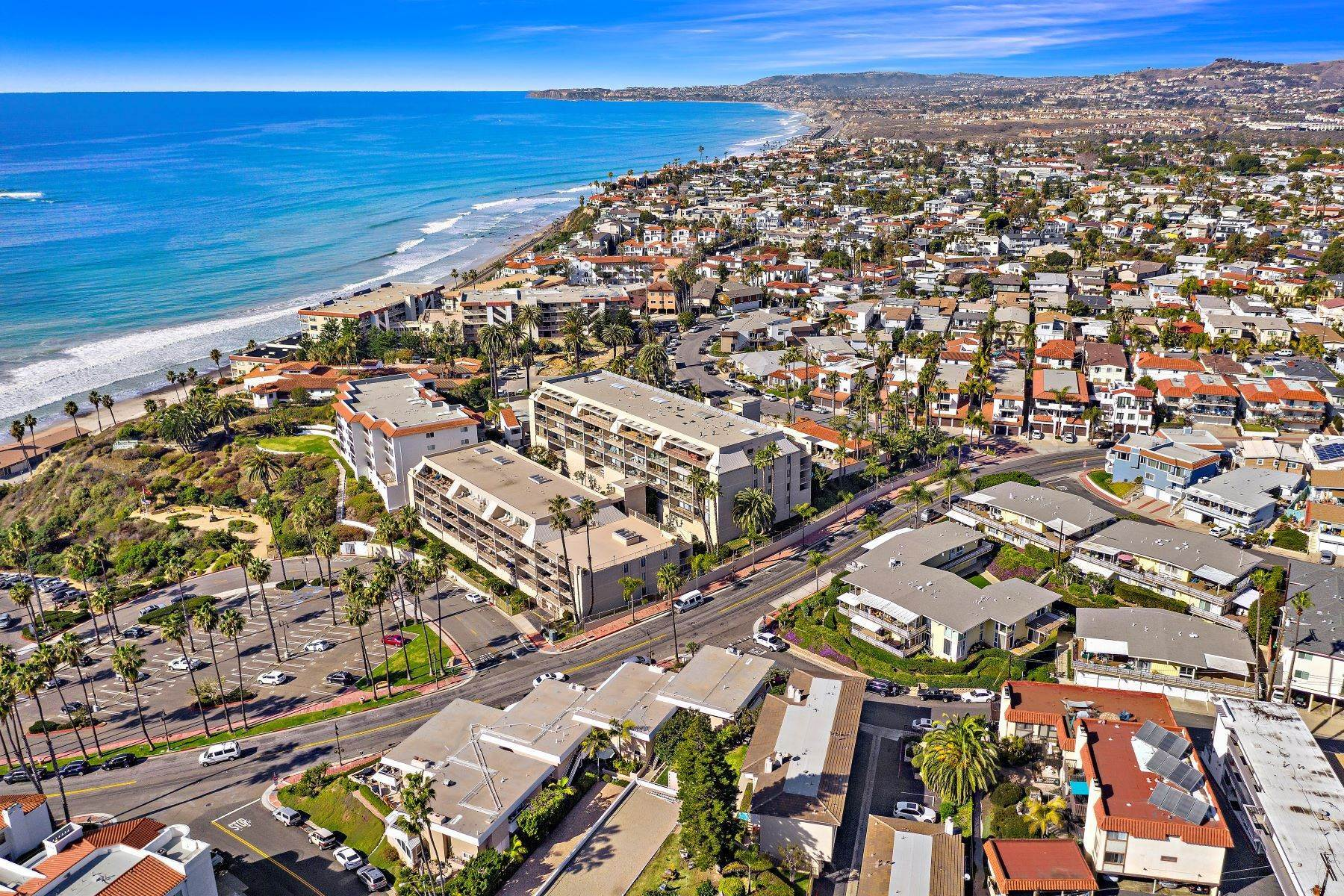 40. Condominiums for Sale at 321 Acebo Lane Unit #C, San Clemente, CA 92672 321 Acebo Lane, Unit #C San Clemente, California 92672 United States