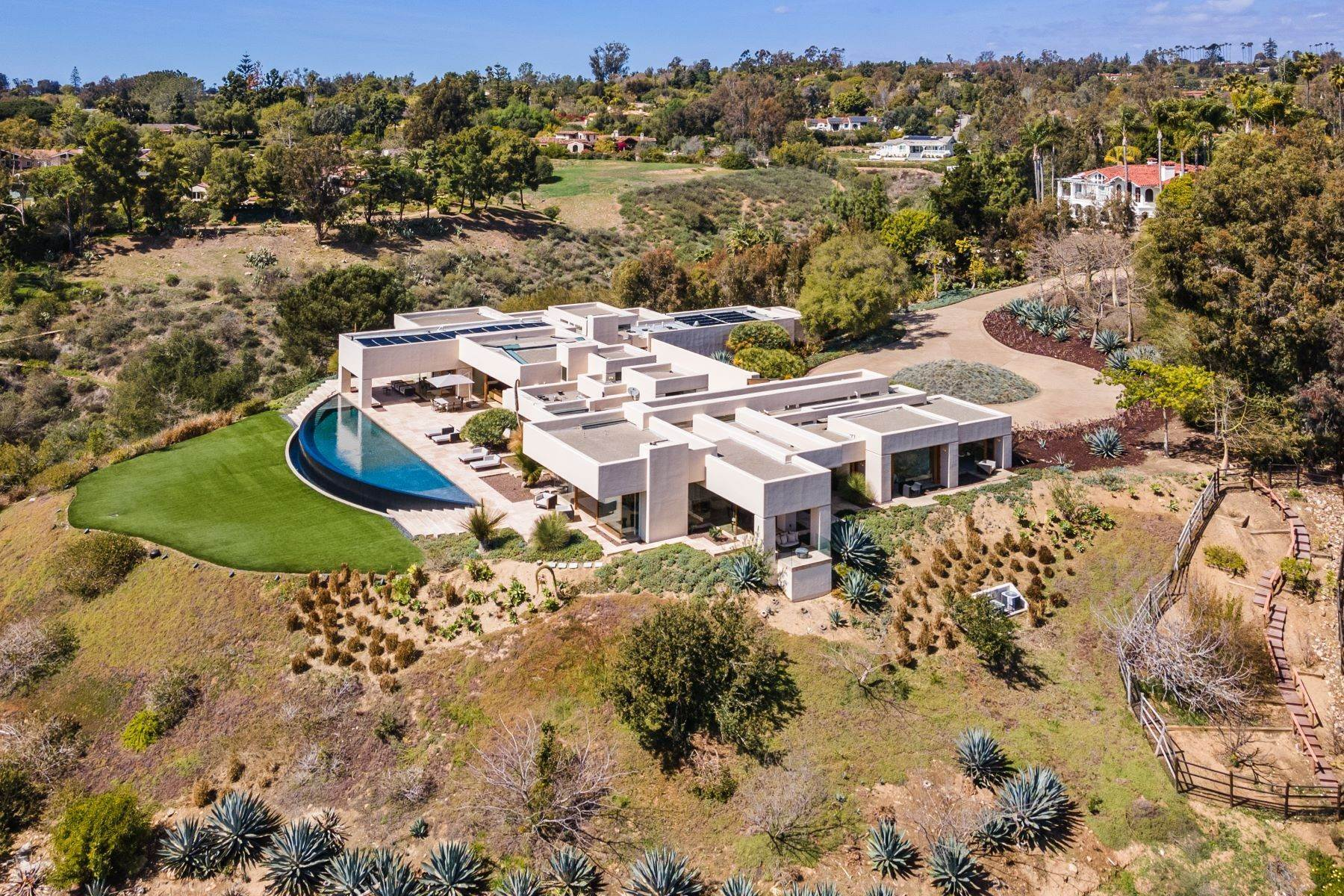 49. Single Family Homes for Sale at Wallace Cunningham's Promontory of Rancho Santa Fe! 16528 Los Barbos Rancho Santa Fe, California 92067 United States