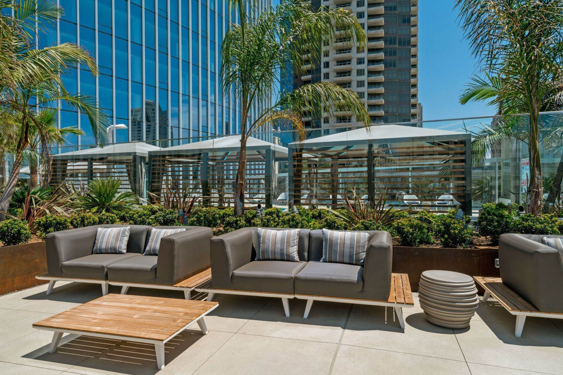 37. Other Residential Homes for Sale at 888 W E St, San Diego, Ca, 92101 888 W E St, Unit# 2102 San Diego, California 92101 United States
