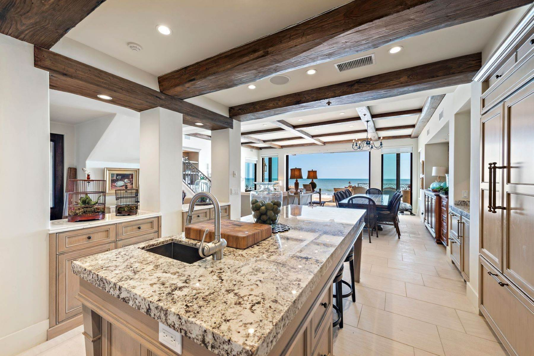 11. Single Family Homes for Sale at 35101 Beach Road, Dana Point, CA 92624 35101 Beach Road Dana Point, California 92624 United States