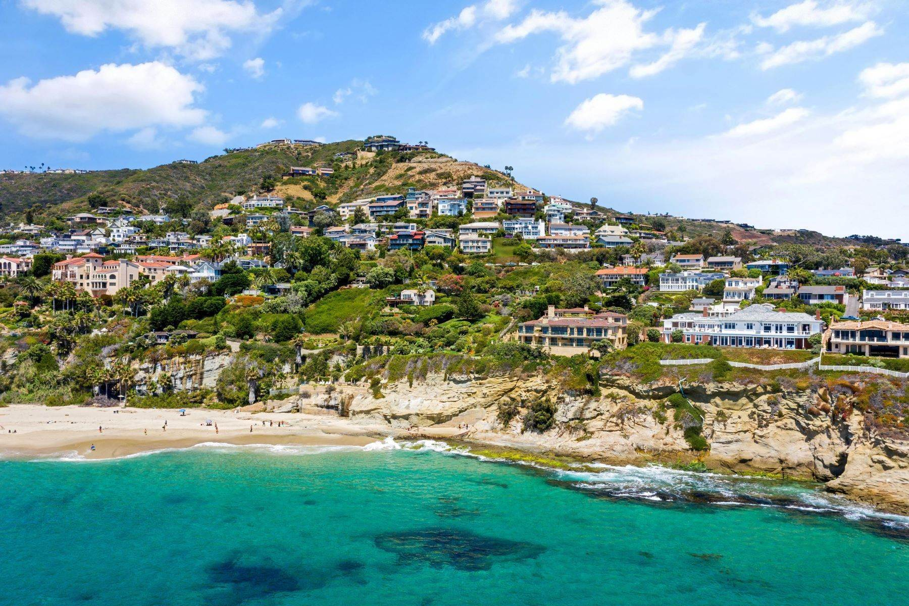 Single Family Homes for Sale at Exquisite Custom Home in Three Arch Bay 34 N Stonington Laguna Beach, California 92651 United States