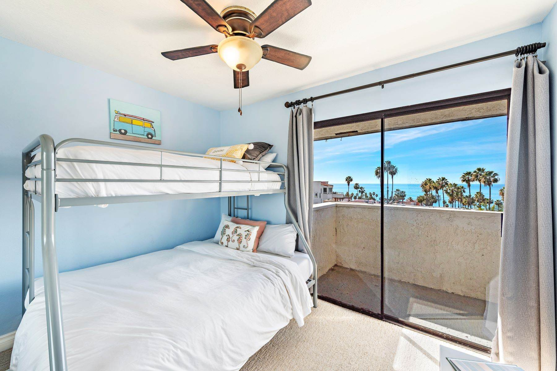 25. Condominiums for Sale at 321 Acebo Lane Unit #C, San Clemente, CA 92672 321 Acebo Lane, Unit #C San Clemente, California 92672 United States