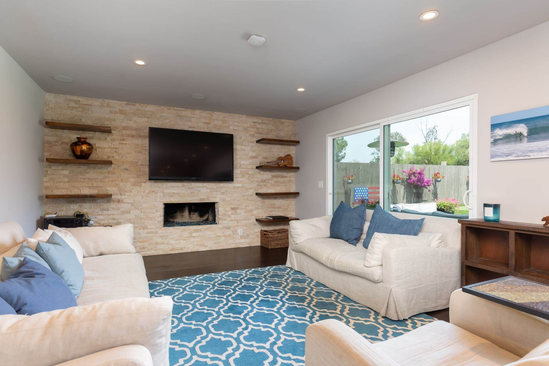 11. Single Family Homes for Sale at 13475 Portofino Drive, Del Mar, CA 92014 13475 Portofino Drive Del Mar, California 92014 United States