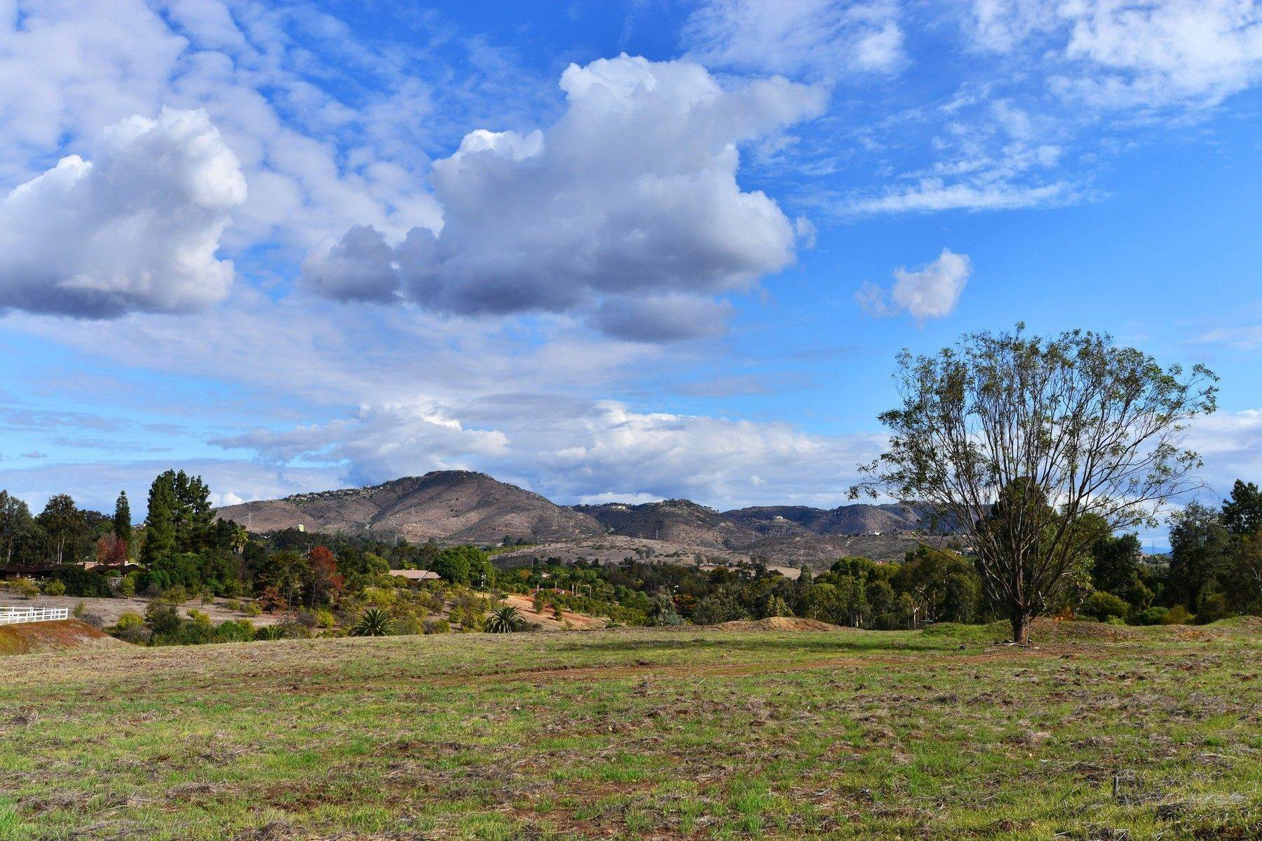 10. Land for Sale at 6710 El Montevideo Rancho Santa Fe, California 92067 United States