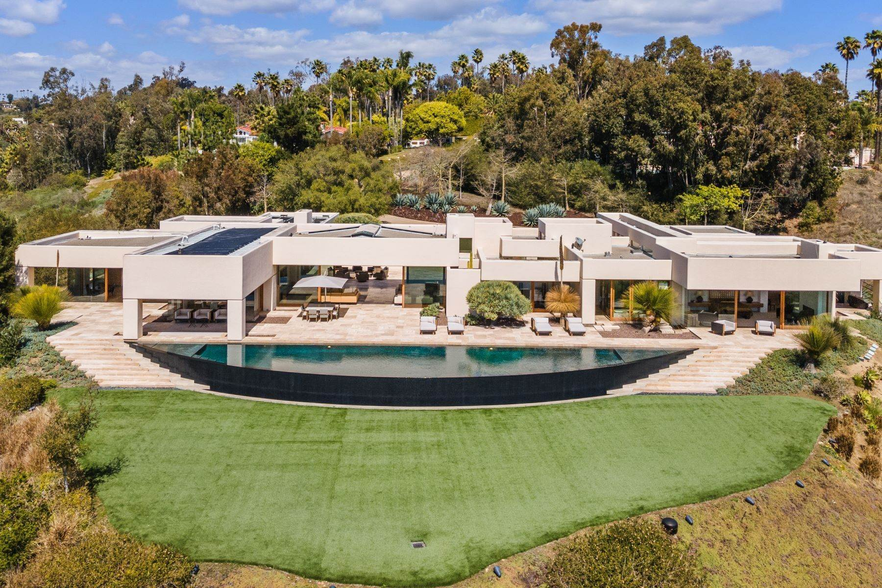 47. Single Family Homes for Sale at Wallace Cunningham's Promontory of Rancho Santa Fe! 16528 Los Barbos Rancho Santa Fe, California 92067 United States