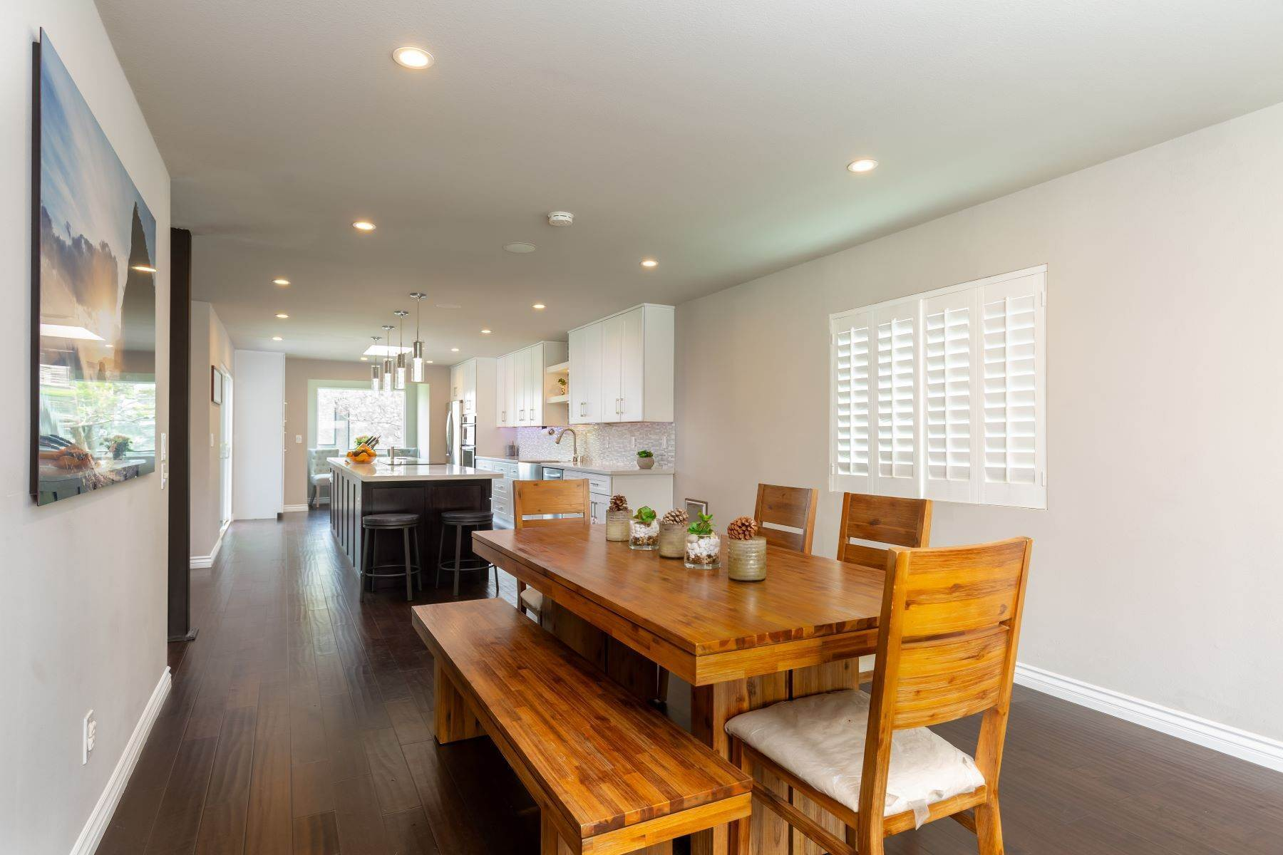 7. Single Family Homes for Sale at 13475 Portofino Drive, Del Mar, CA 92014 13475 Portofino Drive Del Mar, California 92014 United States