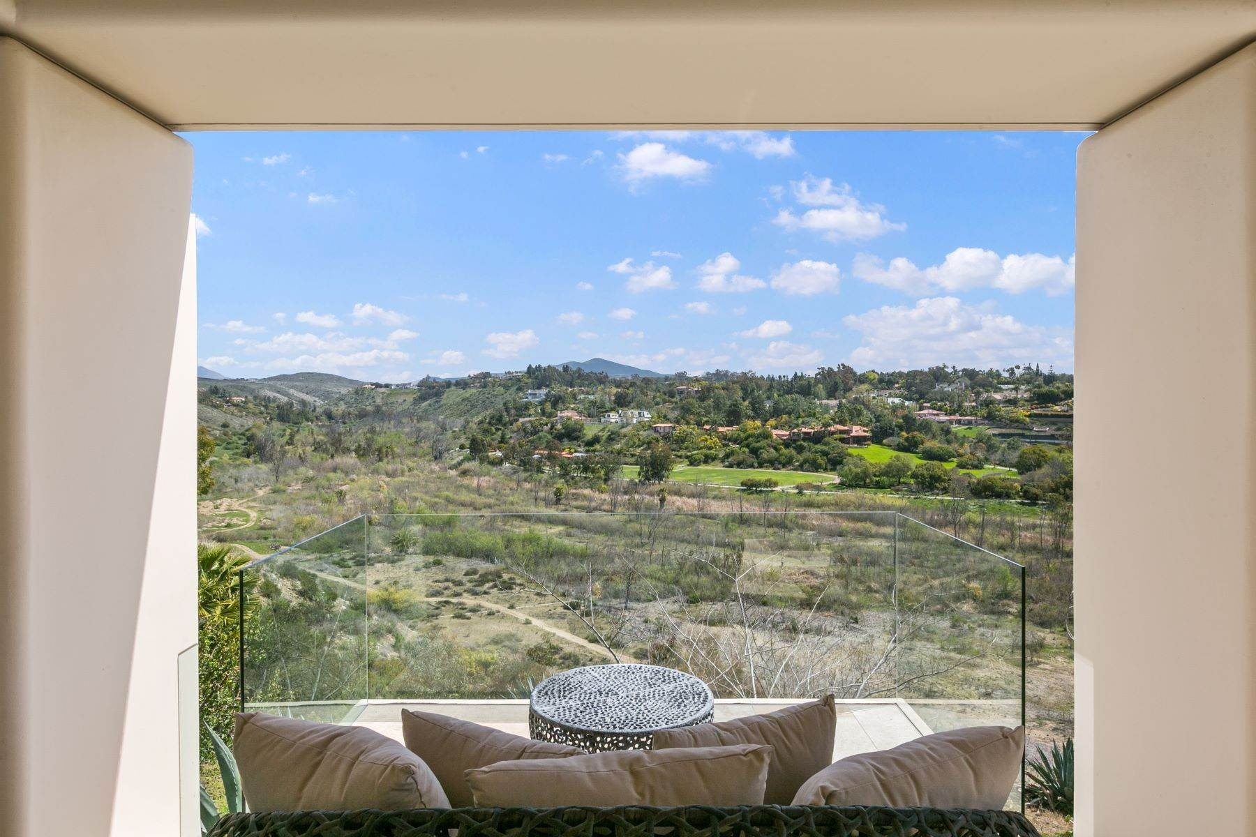 33. Single Family Homes for Sale at Wallace Cunningham's Promontory of Rancho Santa Fe! 16528 Los Barbos Rancho Santa Fe, California 92067 United States