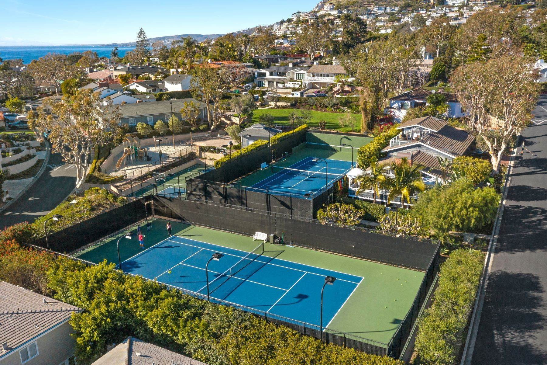 44. Single Family Homes for Sale at 24 South Portola, Laguna Beach, CA 92651 24 South Portola Laguna Beach, California 92651 United States