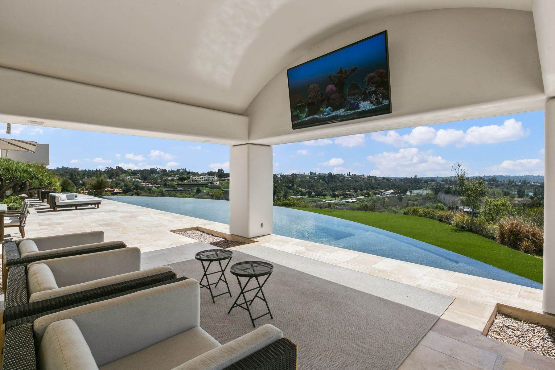 44. Single Family Homes for Sale at Wallace Cunningham's Promontory of Rancho Santa Fe! 16528 Los Barbos Rancho Santa Fe, California 92067 United States