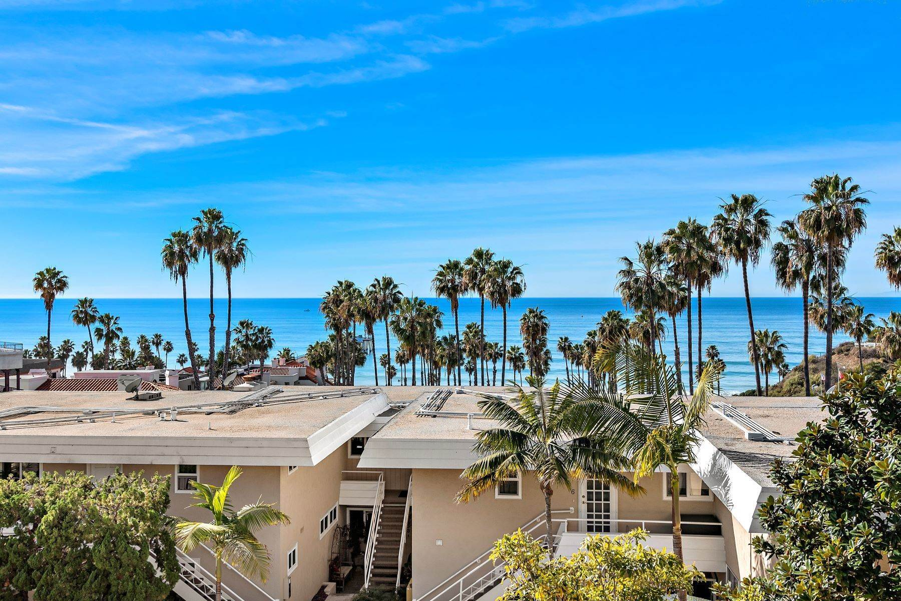 23. Condominiums for Sale at 321 Acebo Lane Unit #C, San Clemente, CA 92672 321 Acebo Lane, Unit #C San Clemente, California 92672 United States