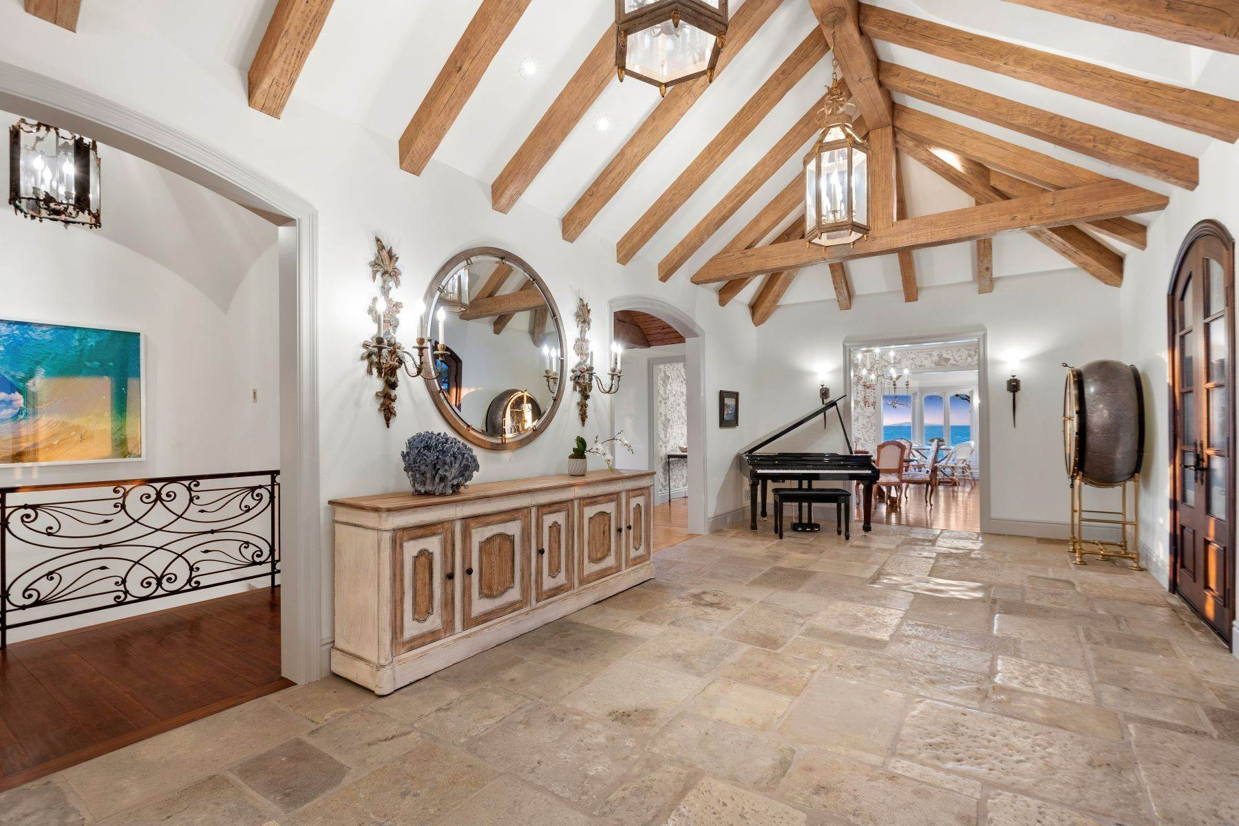 15. Single Family Homes for Sale at 31521 Bluff Drive Laguna Beach, California 92651 United States