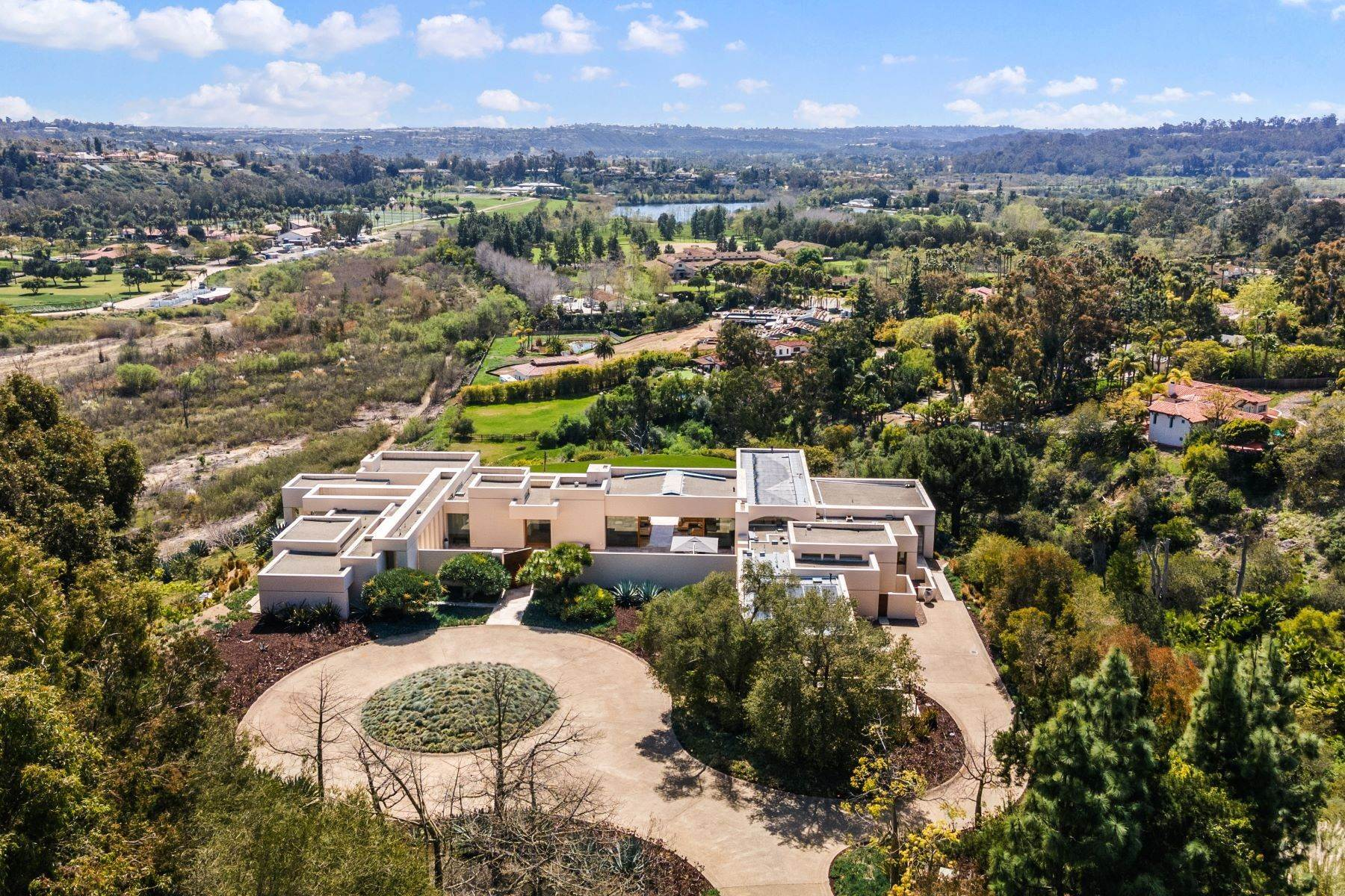 45. Single Family Homes for Sale at Wallace Cunningham's Promontory of Rancho Santa Fe! 16528 Los Barbos Rancho Santa Fe, California 92067 United States
