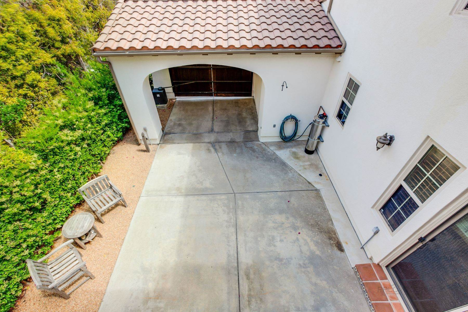 35. Single Family Homes for Sale at 13512 Moonflower Meadows Trail, San Diego, CA 92130 13512 Moonflower Meadows Trail San Diego, California 92130 United States