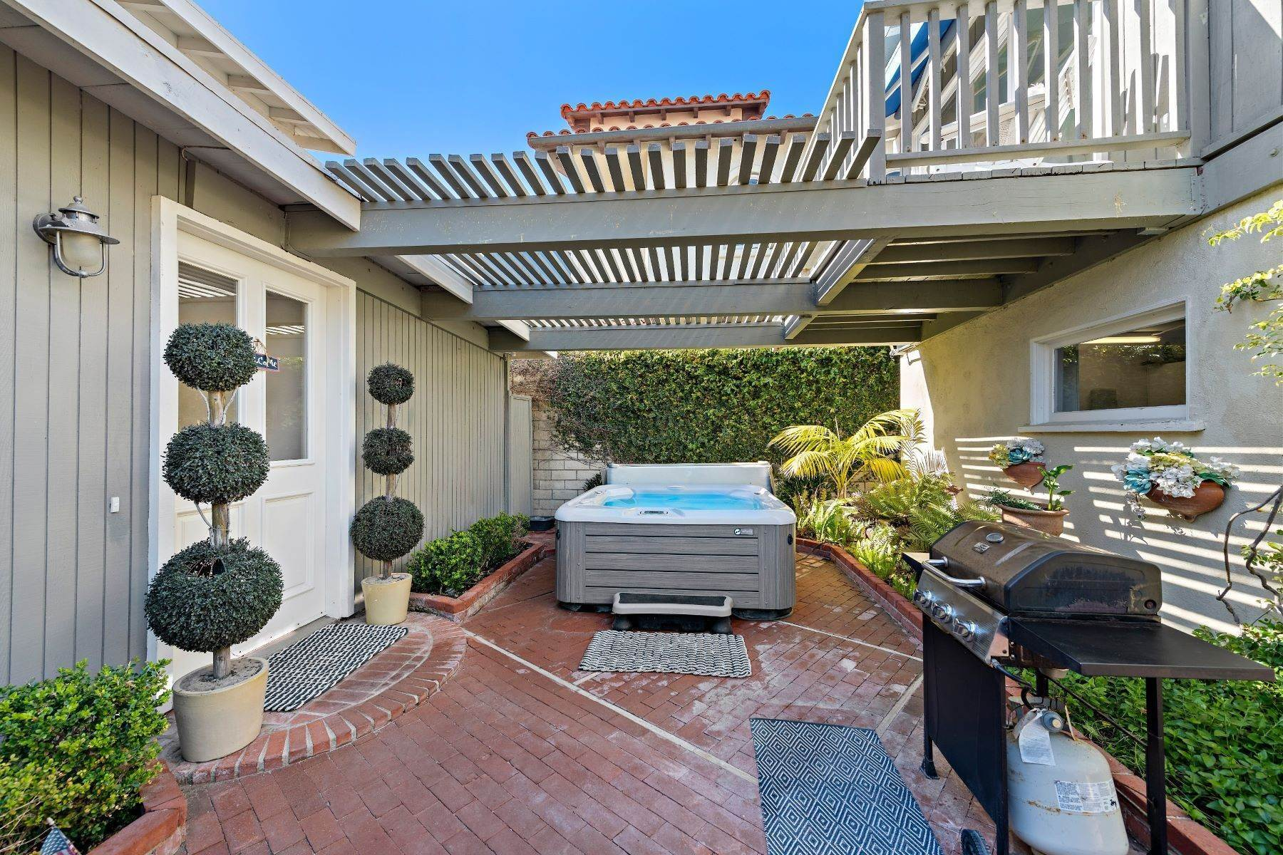 15. Single Family Homes for Sale at 35215 Beach Road, Dana Point, CA 92624 35215 Beach Road Dana Point, California 92624 United States
